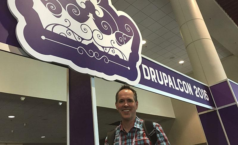 Dan in front of DrupalCon entrance to exhibit hall
